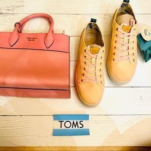 TOMS SNEAKERS TRVL lite low in coral pink 🌸